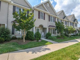 MS06C: MINI-WEEKS! 3BR Millville by the Sea TH - Near Pool & Fitness Room....