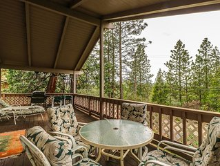 Lovely home w/access to a pool, tennis, golf  & minutes from Pine Mountain Lake!