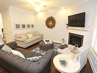 6S388: DOG FRIENDLY! 3BR Bayside Resort TH! Pools, golf, Tennis. Minutes to the