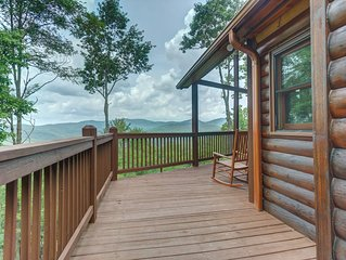 Luxury cabin w/ private hot tub, amazing views, & outdoor fireplace