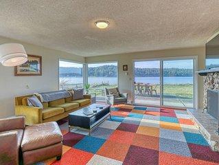 Modern, dog-friendly, waterfront home w/ a bay view!