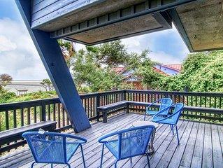 Dog-friendly, bayview home w/ a loft, & furnished balcony