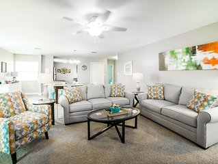 2BR / 2BA | Pool Side Condo | Enjoy the Privacy of this Newly Furnished Condo