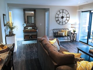 Beautifully Renovated 2-Bed, 2-Bath Condo, Wooded Golf View in Pointe Royale