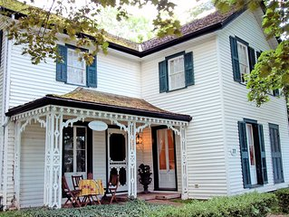 Old Town Charm With Modern Amenities Steps To Downtown