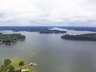 Book Your 2020 Lake Norman Vacation Now! Deep Water; Great For a Large Family!