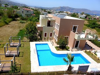 Villa-Apartments Manos, Kavros, pool, walk to the beach, ideal for large groups.