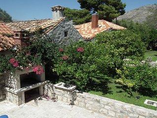 Charming 4 bedroom villa in old part of Cavtat