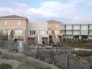 Maison T3 avec acces direct a la plage. Menage inclus. Offre sur 2eme semaine