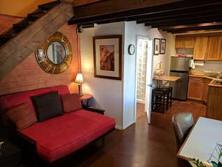 Private Loft Guesthouse in Historic Phoenix Neighborhood near downtown events