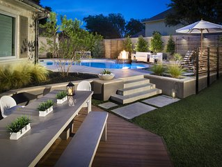 Water front home with resort like backyard -Plano