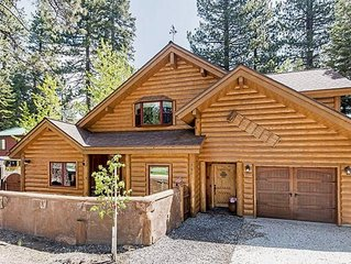 Spacious Family Friendly Cabin, Lakeview, Walk to Beach, Creekside Spa