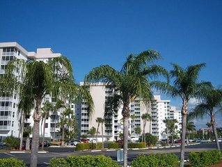 Spectacular Gulf Front Condo - Beach & Tennis Club-