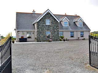 Cottage 206 - Ballyconneely - sleeps 18 guests  in 8 bedrooms