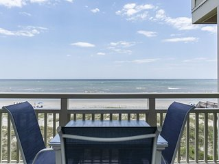 Best View: 3 Bed/2 Bath Oceanfront Condo with Community Pool