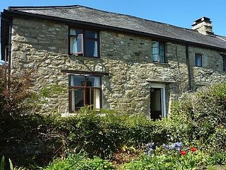 C16th House With A Rambling Garden In A Hamlet In The Dartmoor National Park