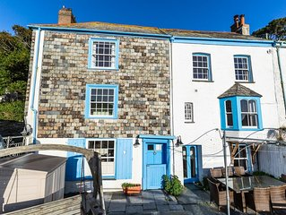 Polperro House. Sleeps 10. 2 parking spaces, dog friendly, stunning sea views