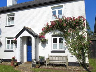 New Forest Cottage Close To The Sea, Nr. Christchurch, Dorset, England