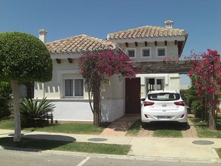 2 Bed Villa on 5* golf resort w/Own Pool, Countryside Views, A/C