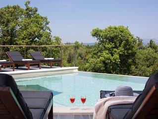 Exklusive 5 * Villa mit herrlichem Meerblick und beheiztem Pool