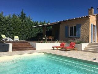 Belle villa rénovée avec piscine privée et vue magnifique sur le Mont Ventoux