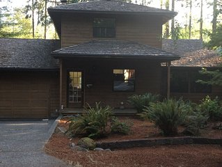 Riverfront Cabin w/Wifi,  Home Theater -Dog Friendly!