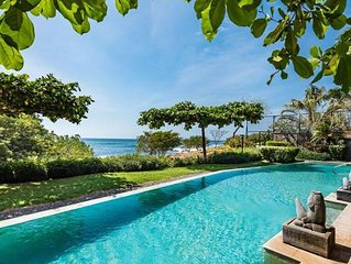 Oceanfront Luxury in Playa Langosta Near Tamarindo