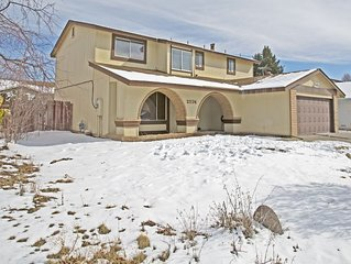 Four bedroom 3ba home minutes from everything in Reno-Great for Tesla employees