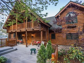 Mountainside luxury and 'forever' views at Bear Lodge with 4500 square feet
