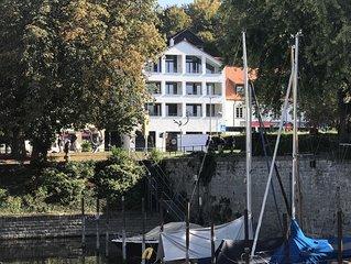 romantische  Lage am kleinen Segelhafen
