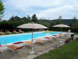 Nice holiday home in Anghiari,Tuscany Air Cond. large pool, WIFI, cok on request