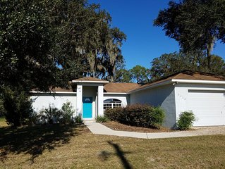 Nice home in a quiet town, yet near all central Florida has to offer
