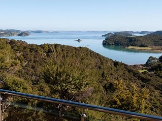 TIROROA : Gorgeous and Private Bay of Islands Home