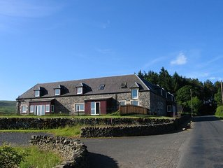 Ettrick View - A beautiful 7 bedroom house, sleeping up to 16.