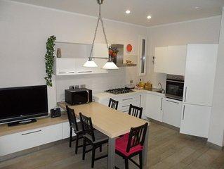 DOMUS ALBA  elegante  appartamento