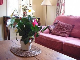 Rosemerryn Cottage,  Beautiful Lamorna Valley, Between Penzance And Land's End.