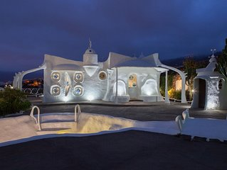 Designer Villa Cesar Manrique