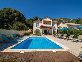 Wunderschöne Villa in Natur mit Pool, Garten, Grill & Meerblick kostenloses WLAN