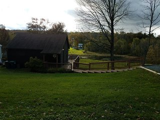 Quiet Tranquil Cottage on the Lake Cadjaw . Enjoy Pocono nature and arts