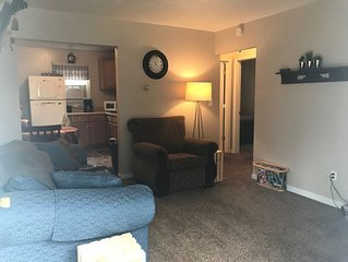 Cozy Apartment, Just 10 Minutes From Notre Dame!