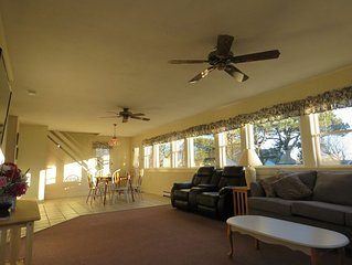 Across The Street from Beach! Spacious - 2 Living Areas, Heated Pool