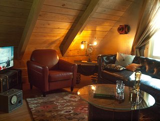Valerian Cabin at Lake Lucerne Resort and Ranch Treehouse-Vibe Lakeview