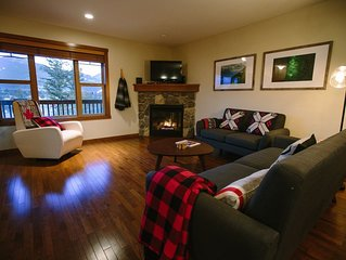Spacious & Beautiful Townhouse in Charming Downtown Invermere