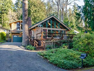 Spacious cabin tucked in the trees with firepit and 5 minute walk to the water.