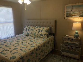 Murrells Inlet Guest House, newly renovated with all new appl and furnishings.