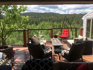 Enjoy the Black Hills in this 4 bedroom, 3 bath, sleeps 8 home - gorgeous views