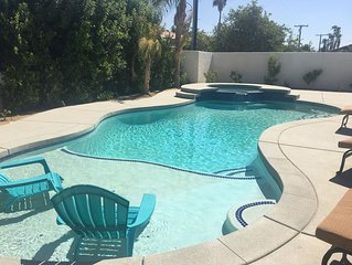 4 Bedroom 3 Bath Sleeps 10-12 with Game room/Pool, Spa, Fire pit, BBQ, Casita!