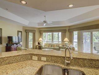 Luxury 2BR/2BA Villa 2nd FL Sleeps 6, Steps to Beach with Amenities; Golf,Tennis
