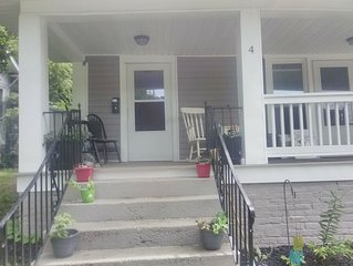 Charming Washington Park 3 bedrm duplex family or business Retreat near downtown