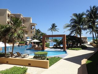 Amazing beachfront condo with gorgeous infinity pool!
